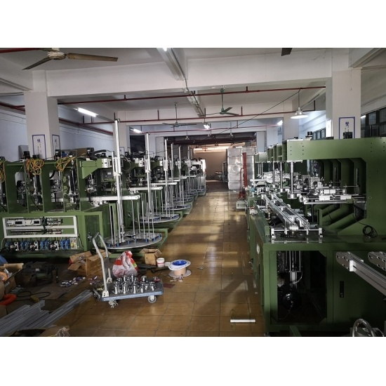 Auto buffing machine for melamine tableware